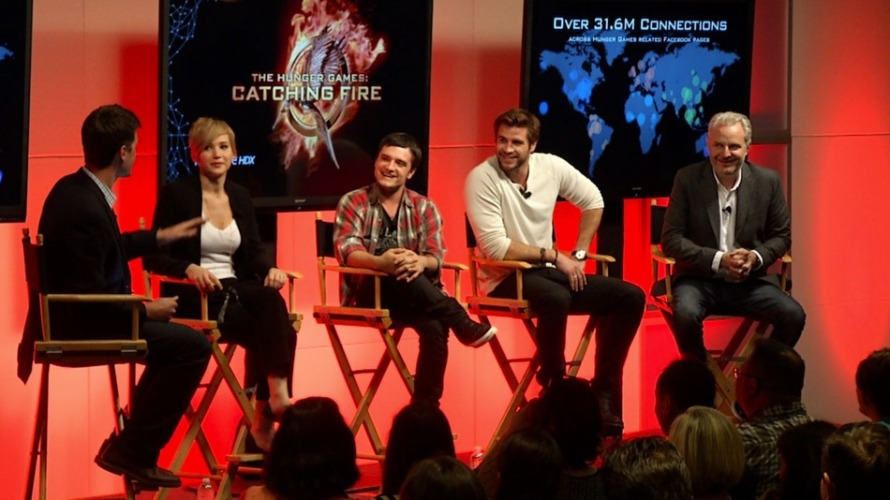 Hunger-Games-Catching-Fire-Panel-Live