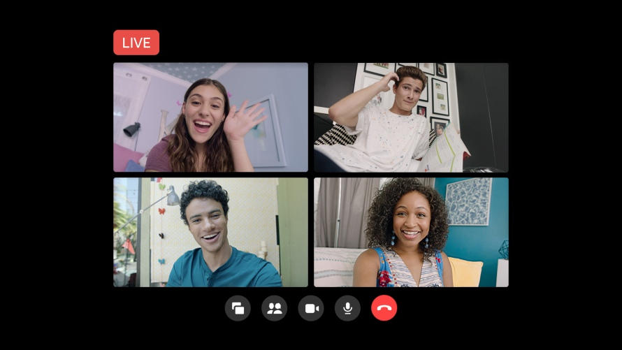 A New Way to Go Live on Facebook From Messenger Rooms