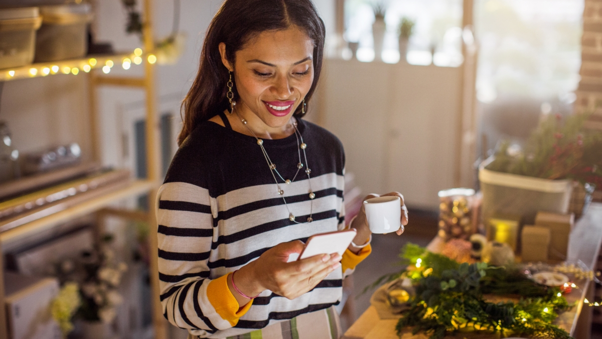 Shop What You Love on Facebook and Instagram This Holiday Season